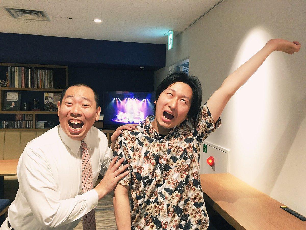 最終公演1日目ありがとうございました!  そして、、 どうもイレギュラーです! まさか西川君役をやるとは思ってもいないですた。  懐かしいって言ってすいませんでした。 https://t.co/xgIrRF16uJ