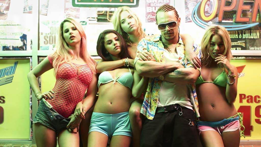 In a hour at 10.40pm, four college students are drawn into the world of crime in Harmony Korine's Spring Breakers. https://t.co/e33oOcJCU9