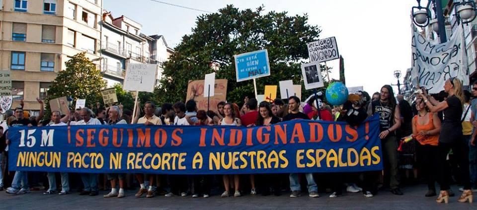 Este domingo 15 de mayo a las 19:00 estaremos en la plaza Porticada para celebrar el aniversario del 15M! https://t.co/ANxlvKY3sP