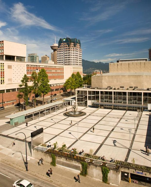 Help us share the news! Yaletown Market moving to Queen Elizabeth Theatre Plaza on June 2: https://t.co/U69WQXhQgW https://t.co/2gm6XQHZQU