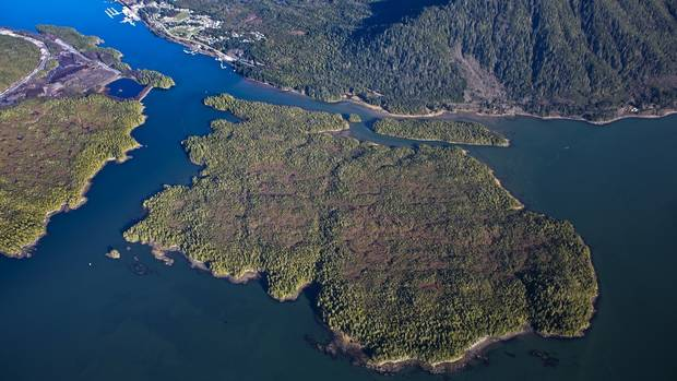 B.C. First Nations appeal to United Nations to help stop LNG plant From @GlobeBC