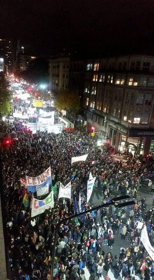Marcha por la Educación Pública Universitaria https://t.co/CsXoC5hCNW