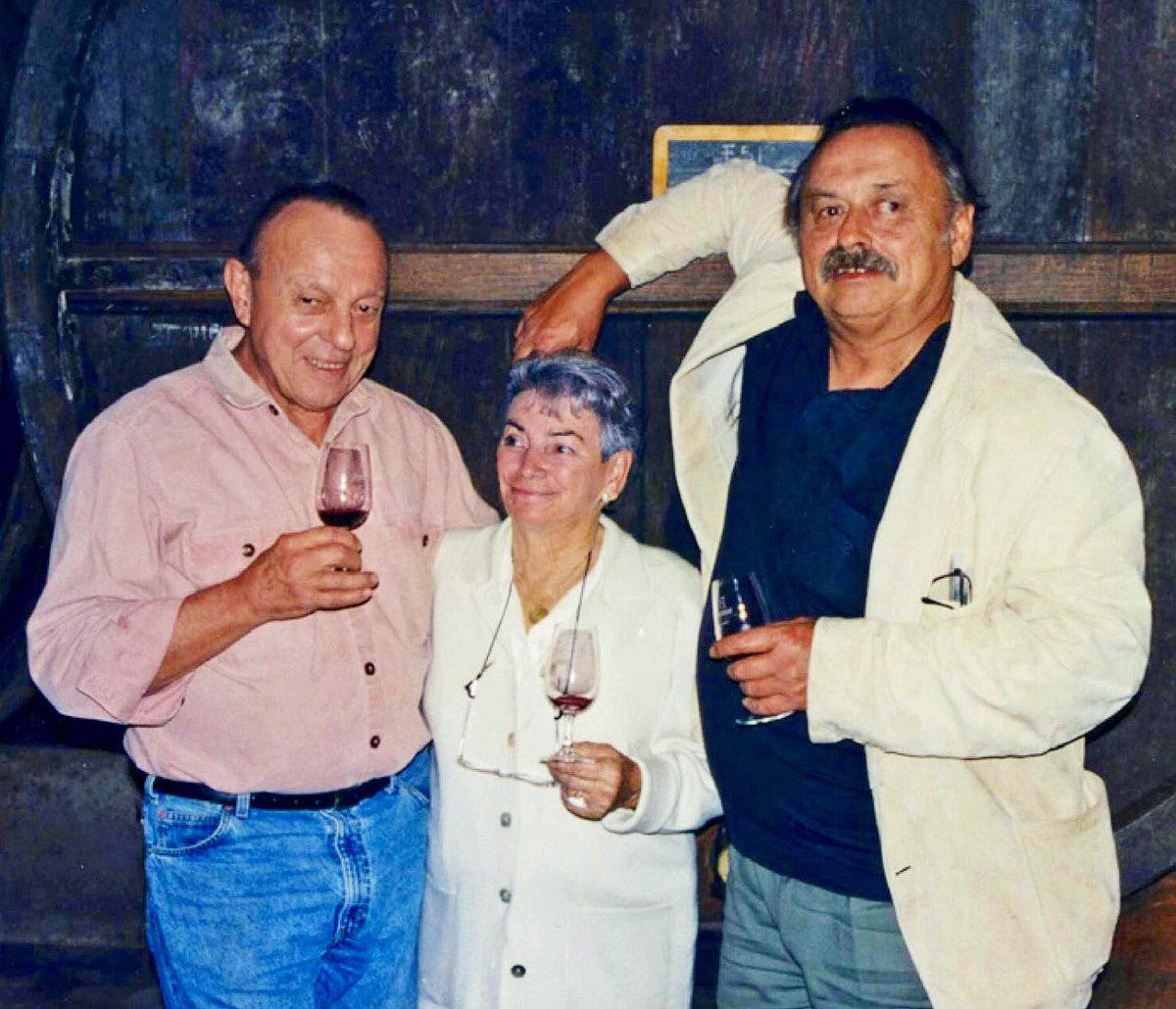 """""""Whiskey is lonely while wine has its lover, food."""" Remembering bon vivant, Jim Harrison. https://t.co/thJsOxGnHv https://t.co/PGHCx2NwE6"""