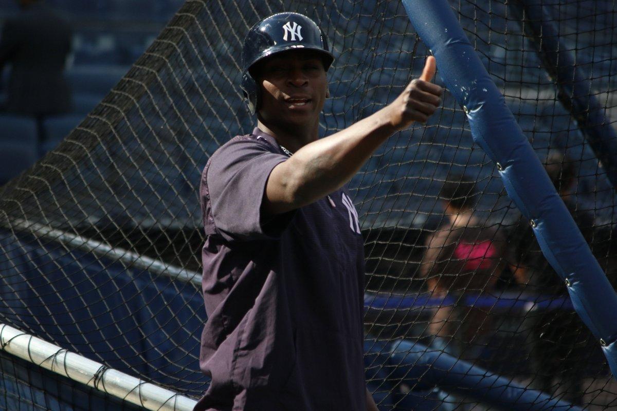 RT @Yankees: 👍 #LetsGoYankees https://t.co/U68BHvgp2y