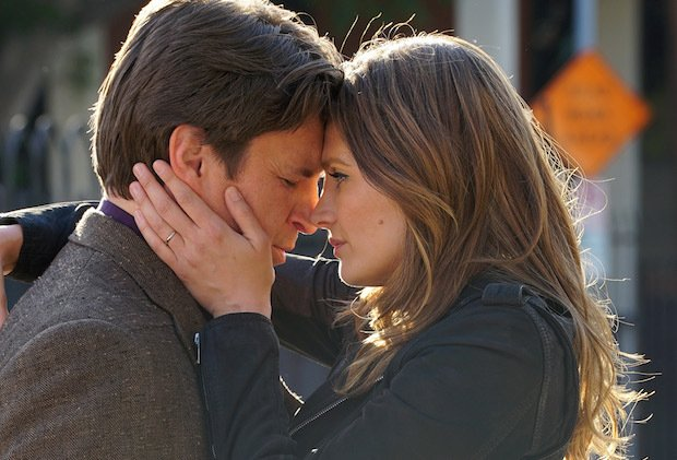 #Castle silver lining: An alt 'happy' ending was shot & will be swapped into series finale https://t.co/hWRaJjm3SD https://t.co/R5boETCHwm