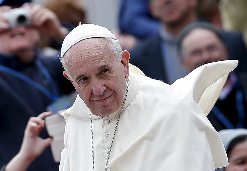 Pope Francis: Let's study idea of ordaining women as deacons: https://t.co/xPzerapXE7 via @GibsonWrites @RNS https://t.co/dcWJtI3Qgh
