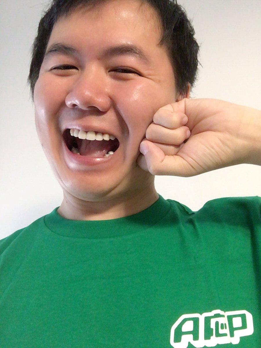 今日はプログラミング演習なのでこのTシャツ着て行きます https://t.co/KQ4H6Cza4V