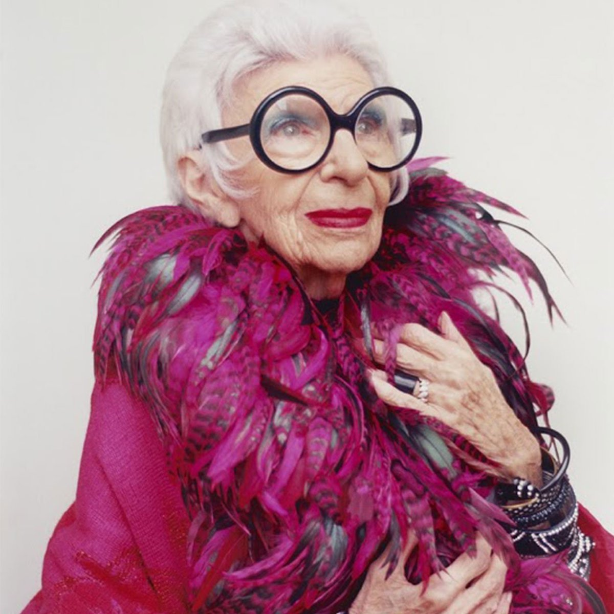"""I would advise you to be happy rather than well-dressed. It's better to be happy."" — Iris Apfel  Happy Friday! https://t.co/fqGPx8pH8a"
