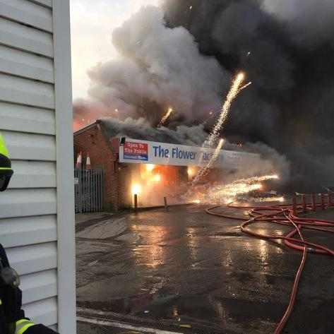 Pic from #Bitterne #fire earlier, fire now under control, thankfully noone inside firework shop at time https://t.co/XxY2DgJvBj