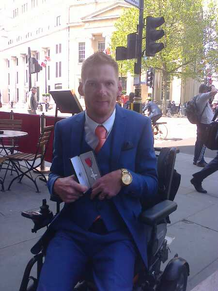Amazing to receive my MBE from Prince William today https://t.co/v16MNJLyUM