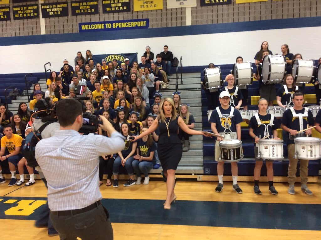 Congrats to @SpencerportCSD - voted #RochesterROCS MOST SCHOOL SPIRIT! #News10NBCToday #RangerPride https://t.co/miJ4Ns7JWw