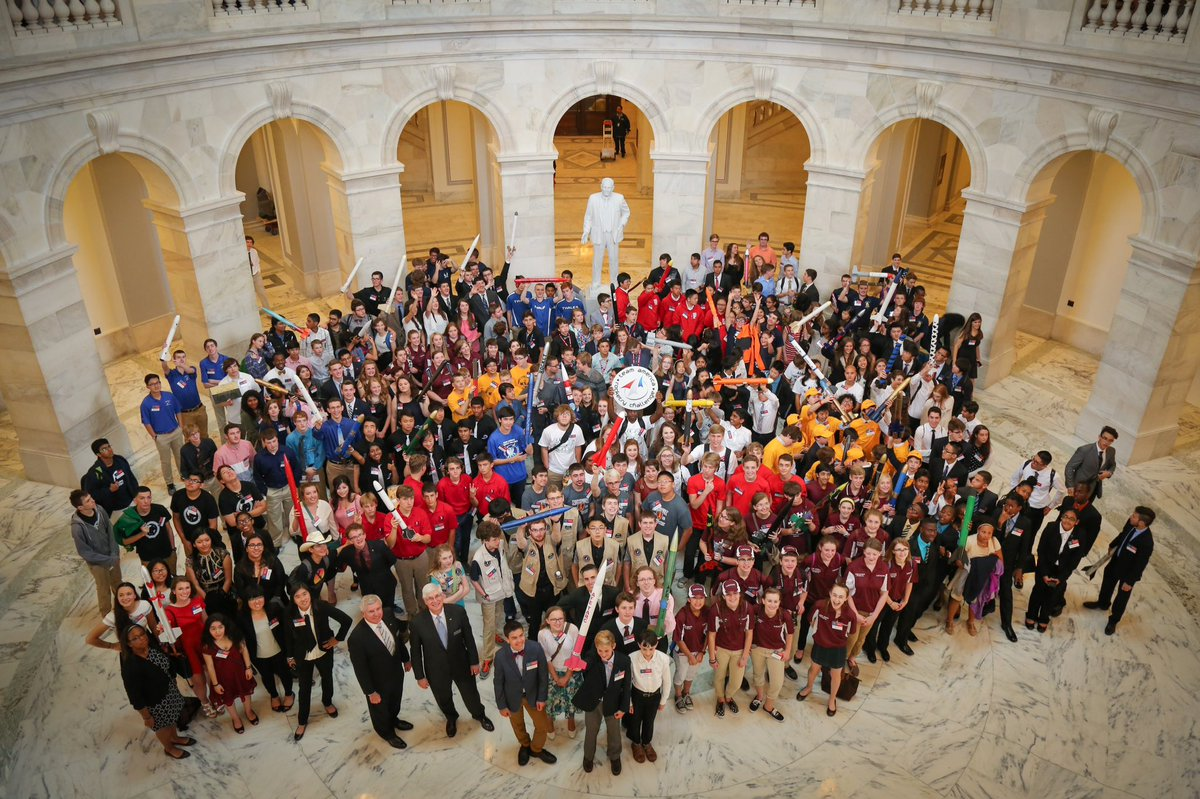 TARC on the Hill today in Washington DC.  National Finals tomorrow! #TARC2016 @RocketContest @AIAspeaks https://t.co/ouYkuIWxwF