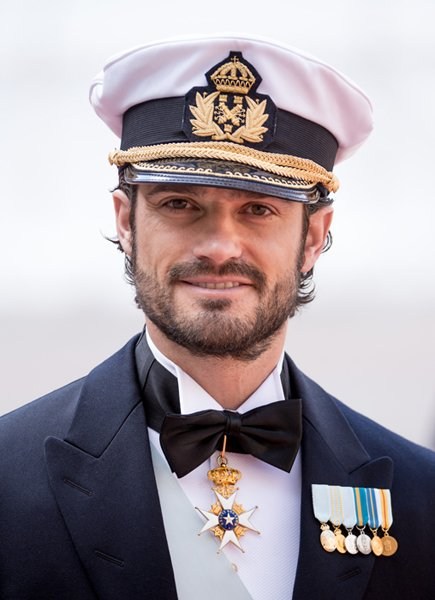Happy 37th birthday to Prince Carl Philip of Sweden! For 7 months under primogeniture, he was Crown Prince & heir.