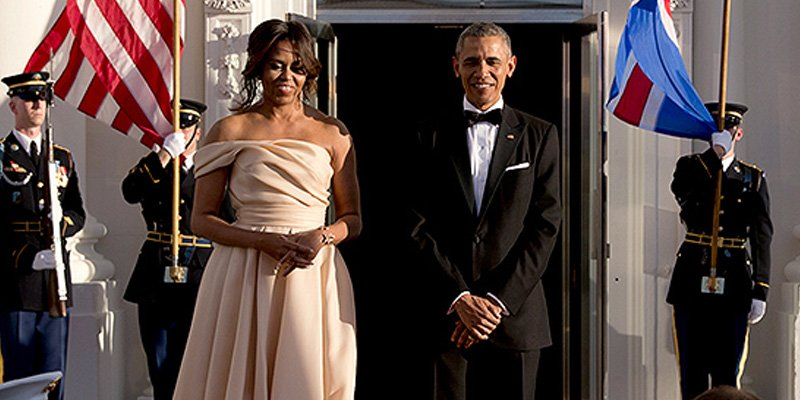 Michelle Obama dons a blush @NAEEMKHANNYC gown for Nordic state dinner 😍 via @People_Style