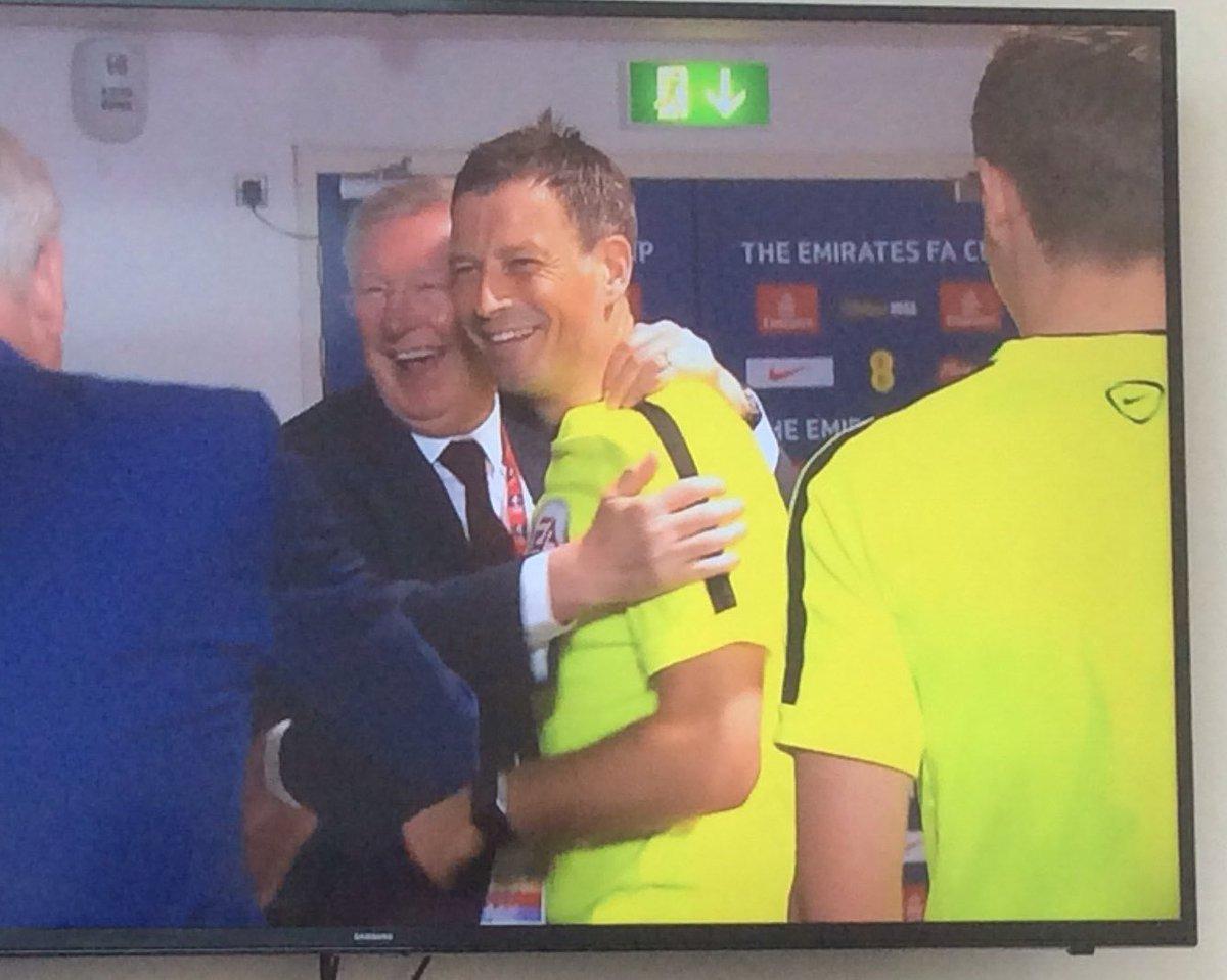 When you meet your old boss https://t.co/eYgK9JFl5E