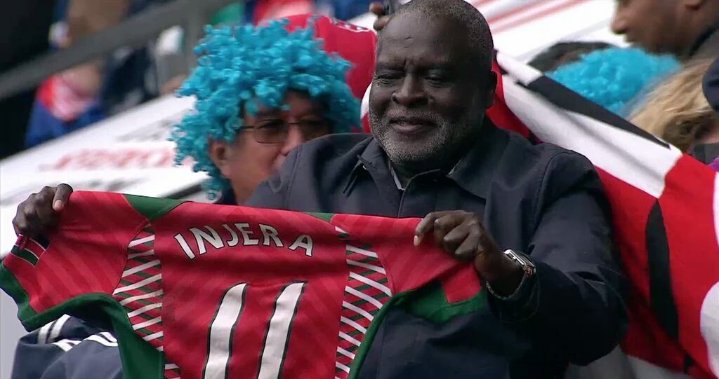 It was an honor to fly Collins Injera's parents to London @cinjera is a hero! History made #Kenya7s https://t.co/TjK3W8KELv