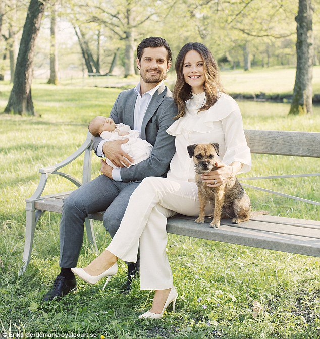 Prince Carl Philip and Princess Sofia share stunning new portraits with four-week-old son