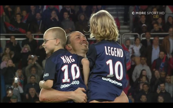 "Most children of footballers have ""Daddy"" on the back of their shirts, but Zlatan's kids... https://t.co/CXn10ruysR"