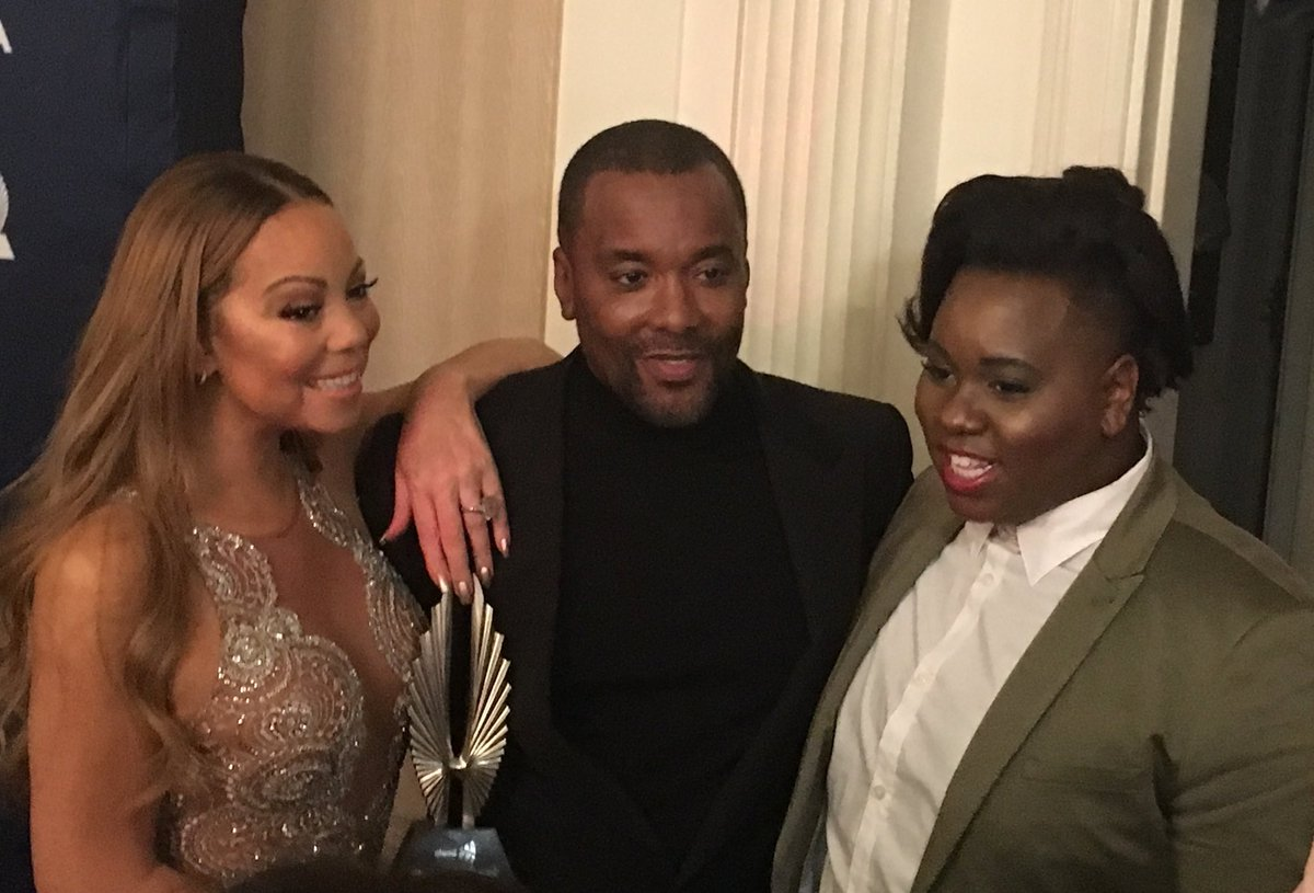 Backstage at the #glaadawards with @MariahCarey, @leedanielsent and @thealexnewell #pledgetostart https://t.co/VC1Dx29rBI