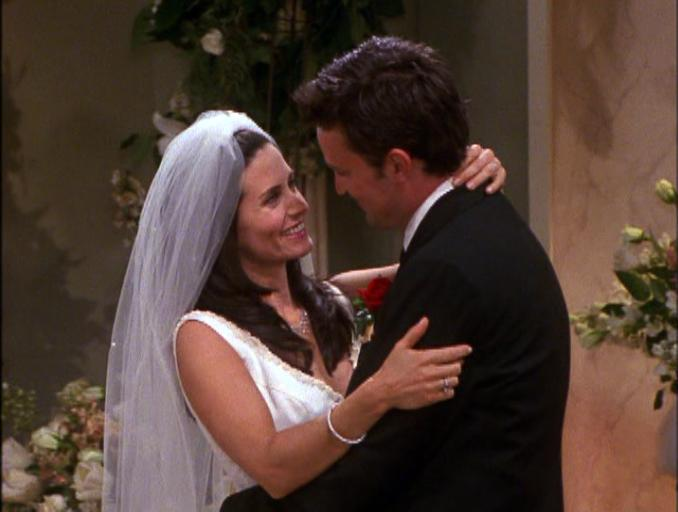 I can't believe it's been 15 Years! #HappyAnniversaryMondler @MatthewPerry @CourteneyCox https://t.co/vLWBhxn15d