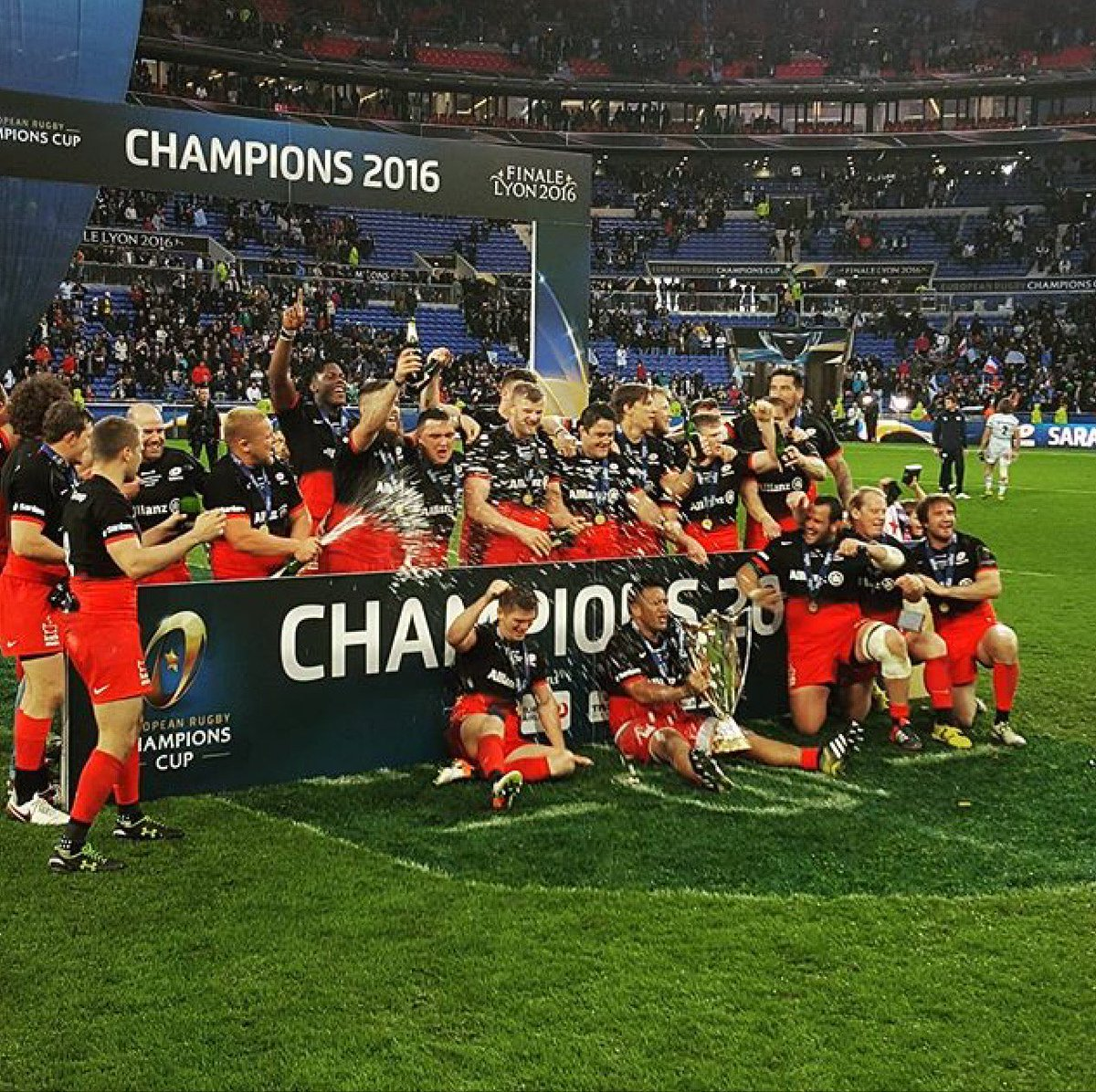 What a day! Thanks for all the @Saracens support you've shown. https://t.co/EDghNfeINS