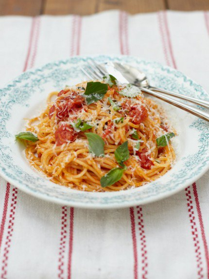 Today's #RecipeOfTheDay is a great introduction to pasta for kids! https://t.co/9E9lVRHuyx #FoodRevolution https://t.co/KMfMTko0lh