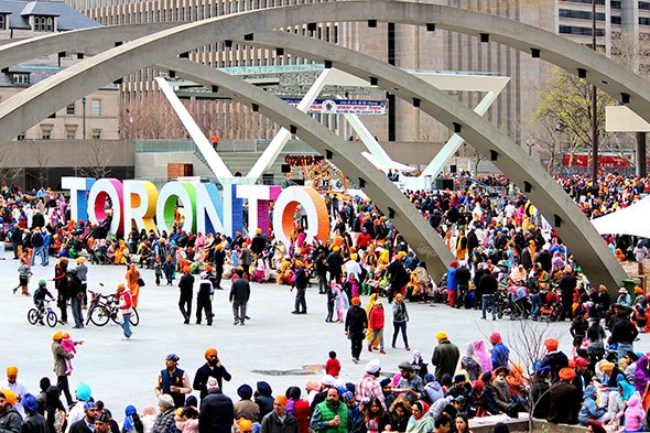 #Toronto was just named most diverse city in the world https://t.co/dsK8ELMtEn https://t.co/xNZ27xvFM4