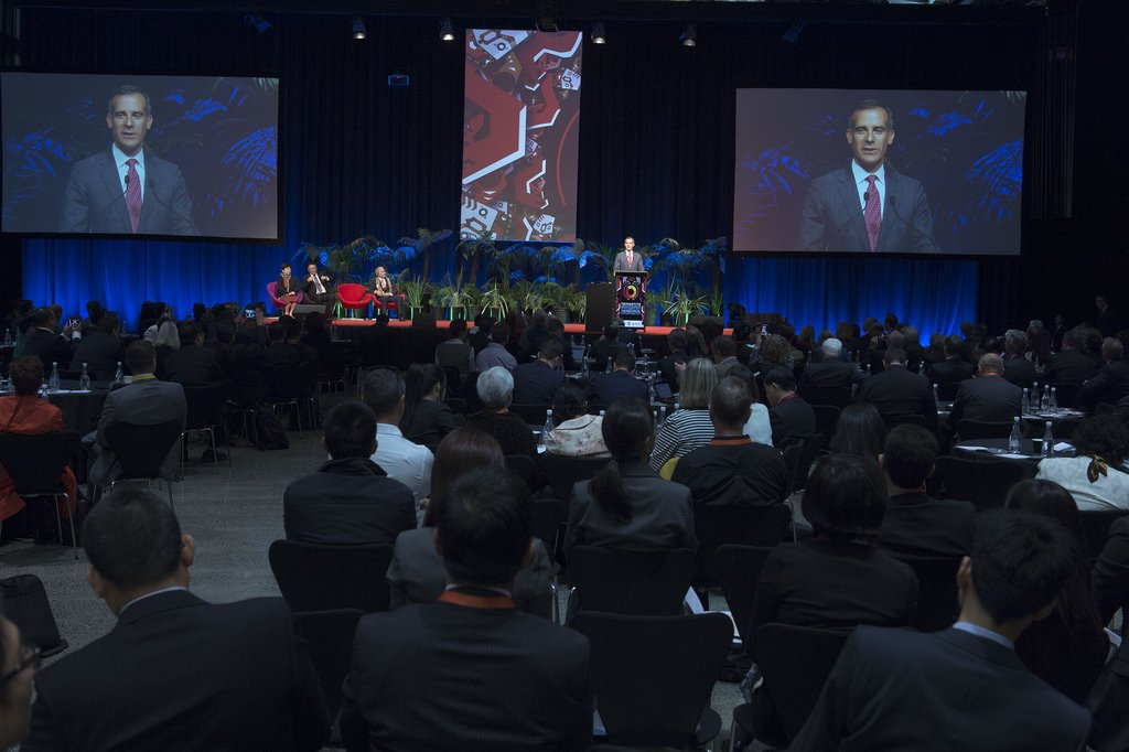 #tripartiteAKL - Photos from the opening day at the Summit and reception: https://t.co/v9hozkJzOB https://t.co/CPQP3eGkBt