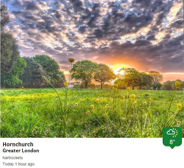 Fine and dry today, feeling warm too, some stunning sunrises earlier across good old London town ... well Hornchurch https://t.co/d3MctlhvMD