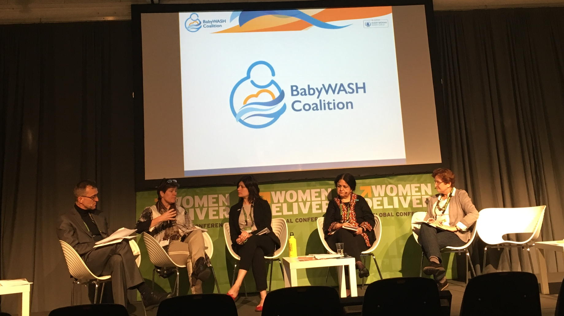Taking baby steps for big impact to end child stunting. The silo-busting BabyWASH coalition at #WD2016 https://t.co/0T5jAr1YW1