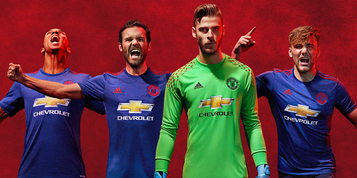 There's been some great #ManUtd away kits down the years - check out the new one here https://t.co/TSS95ISq1j https://t.co/O1O6g1ecNF