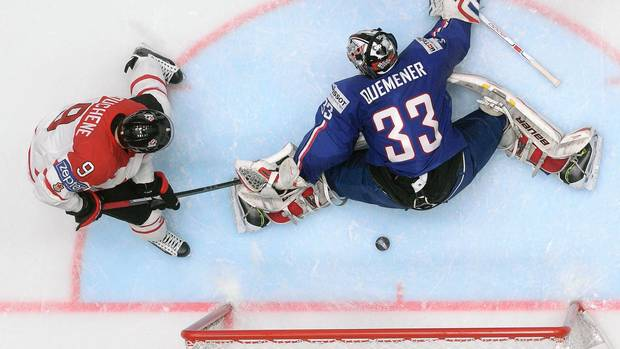Canada shuts out France 4-0 at world hockey