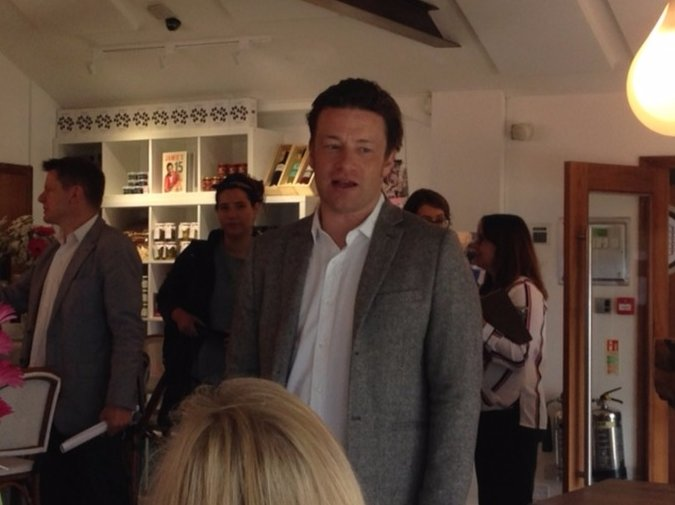 RT @itvwestcountry: In pictures: @jamieoliver celebrates 10th birthday of Cornwall restaurant https://t.co/vVkAYr9jwP https://t.co/9PSf8KBC…