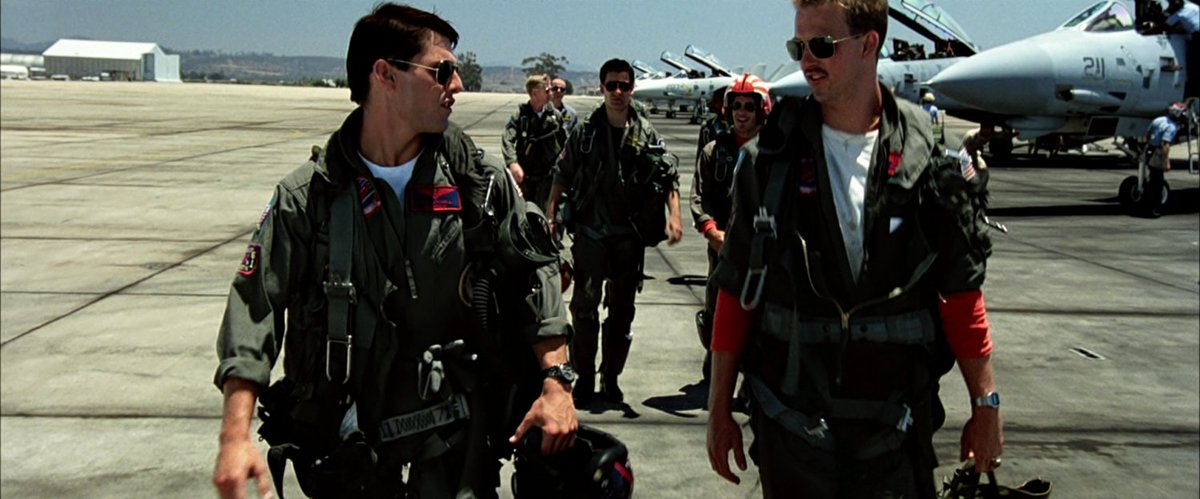 On this day in 1986, 30 years ago, the film Top Gun was released in theaters. #80s https://t.co/MaXnKioTZR