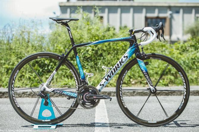 La nueva Specialized Tarmac de Vincenzo Nibali para el resto de Giro https://t.co/F0Wqc03LW5