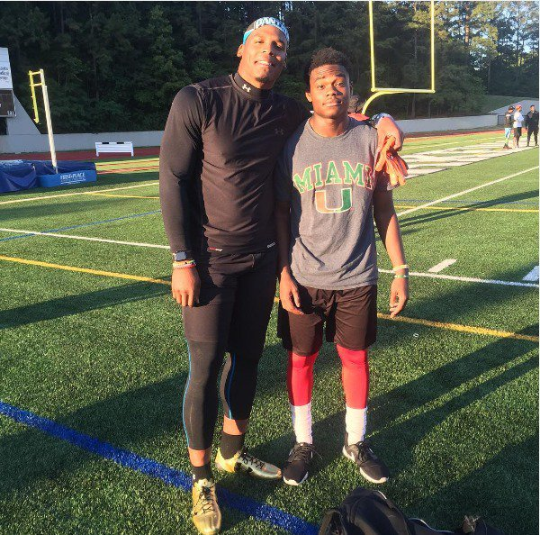 Check out the nations best multi purpose ATH @Deejaydallas5 hanging with @CamNewton7v7 he is playing on Cam's team https://t.co/49sfyYHovl