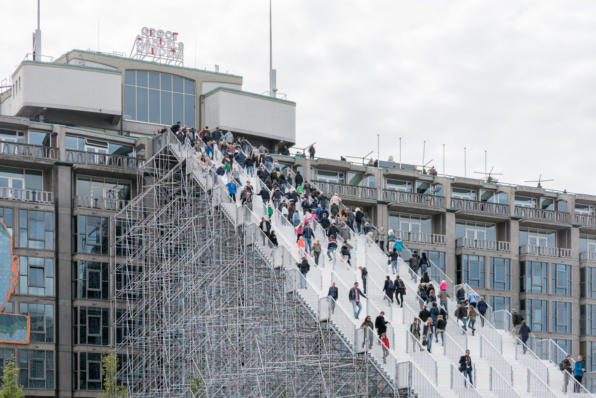 The Stairs opened to the public yesterday, marking 75 years of Rotterdam's reconstruction!  https://t.co/mDmWu0eGe6 https://t.co/1UXpRPAISr