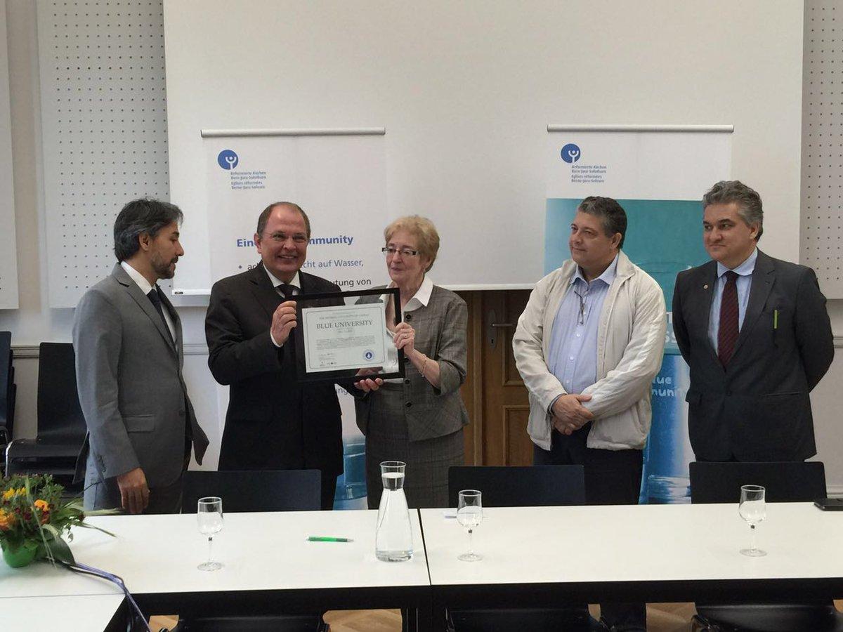 #UFLA é 2ª universidade do mundo certificada como Blue University pela gestão das águas: https://t.co/nTrMQSrluo https://t.co/GyKlZOSUcA