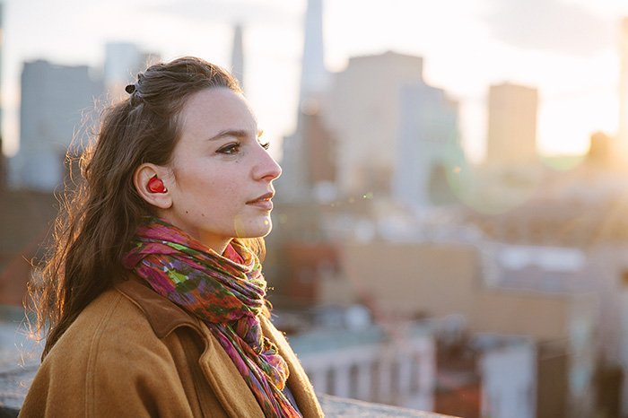 WOW! In-Ear Device That Translates Foreign Languages In Real Time https://t.co/uR3G8aLJlC #TravelTuesday #lp https://t.co/vwlhzSG9Io