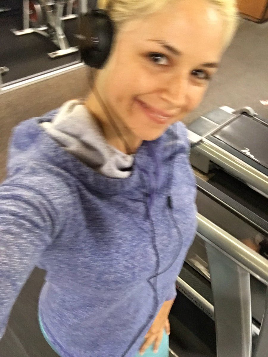 Good morning babies ??☺️ #VandellasVandals ??? #gymmotivation ??? gn3xlbmIcr