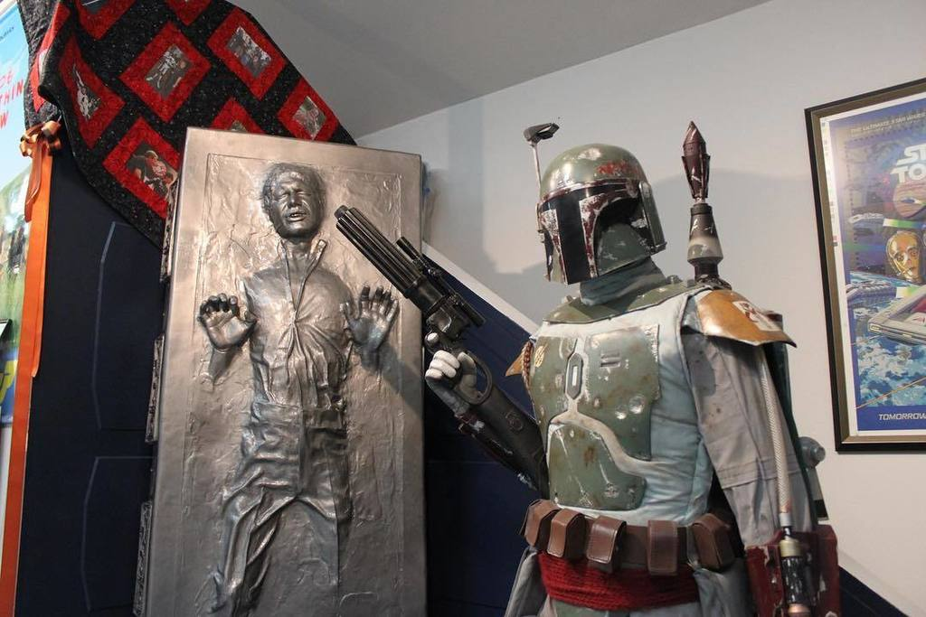 No one's going to wake Han from his carbonite nap with Boba keeping watch. (Photo courtesy: @RanchoObiWan) #StarWar… https://t.co/9FT6SX4LQL