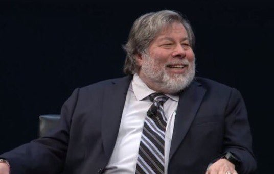 Best line: @stevewoz says @sap is my favorite database company but don't tell Larry #SAPPHIRENOW #ASUG2016 https://t.co/toZOo0ZzFU