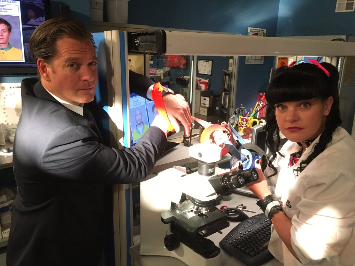 Tonight is @M_Weatherly last #NCIS episode. I tried to hold him hostage. I taped him to my microscope: https://t.co/zYnfeAtH8q