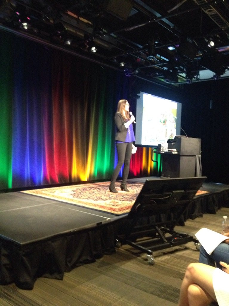 Our expert for the night @Jurassic_Jess talking about @MassTLC & awards #stem #IoT here @google in Cambridge #MIN86 https://t.co/6C8bkWd7T4