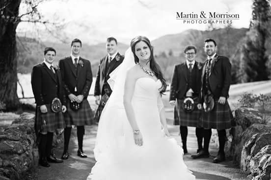 The gorgeous Sandra and her groomsmen @glasgowweddings @WeddingBase @PerfWeddings #Scottish #weddingphotography https://t.co/HOu0nuO2hn