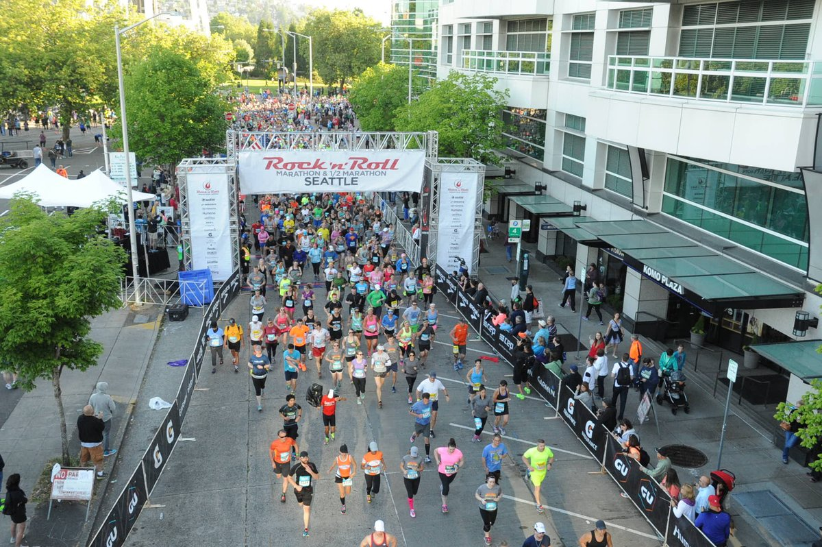 RT @RunRocknRoll: Fly @AlaskaAir and save 10% off flights to RNRSEA.