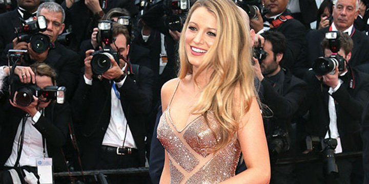 Blake Lively's claim she has 'an L.A. face with an Oakland booty' sets Twitter off