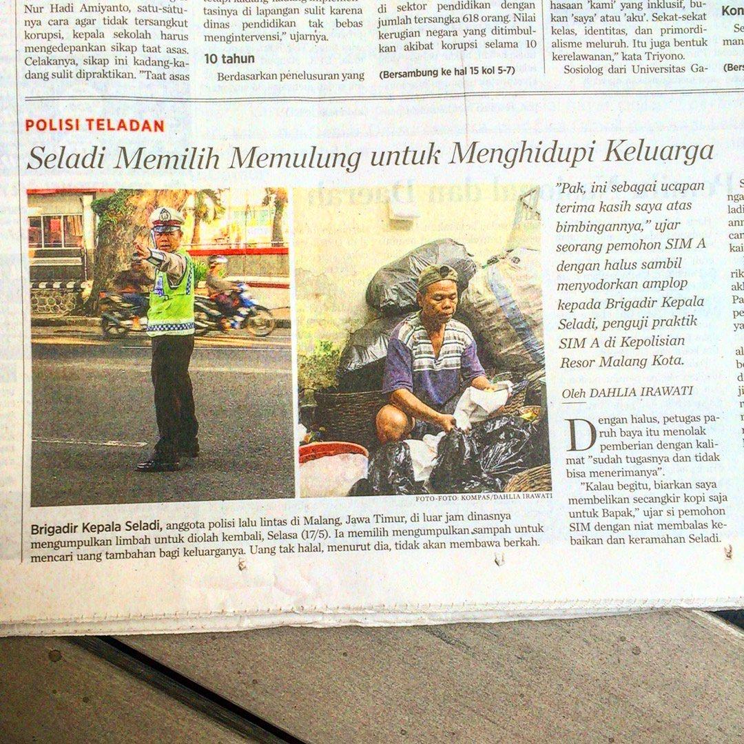 Salut @hariankompas buat cerita ttg Pak Seladi, polisi merangkap pemulung. Dia menolak sogokan. Wow. https://t.co/qUILmWMPGv