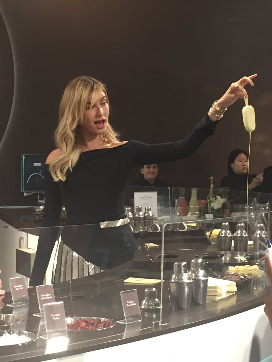 .@haileybaldwin was Soho's ice cream maestro tonight #MagnumNYC https://t.co/rL4HaRRS4l