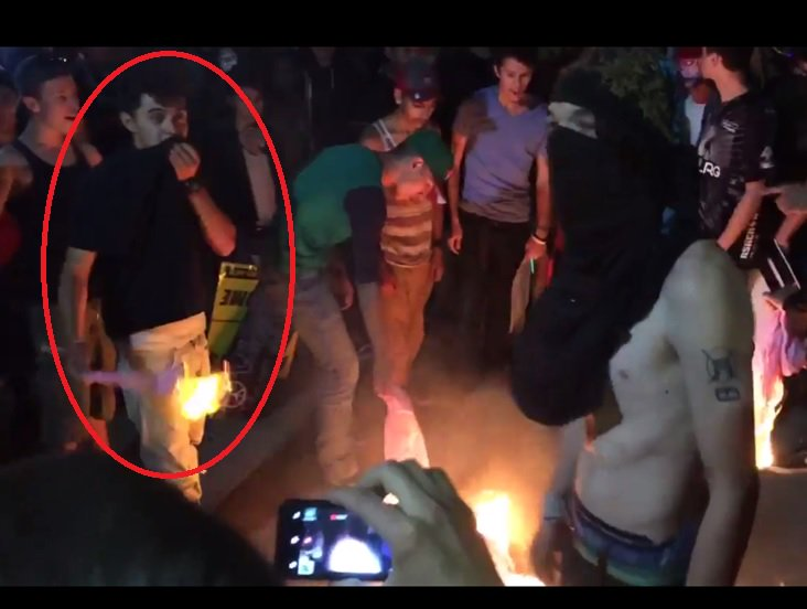 Help us identify this man (black shirt). He threw flaming items at officers during the protest. Call (505) 242-COPS. https://t.co/whSnCIwVI7
